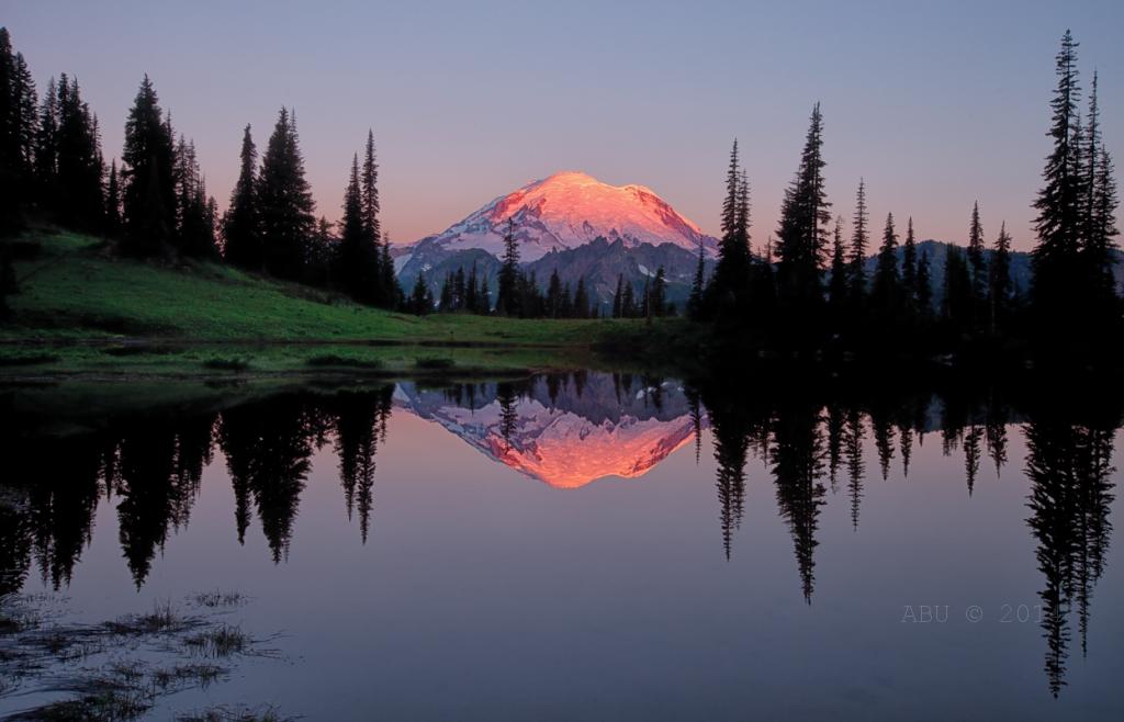 Tipsoo_Lake_Rainier